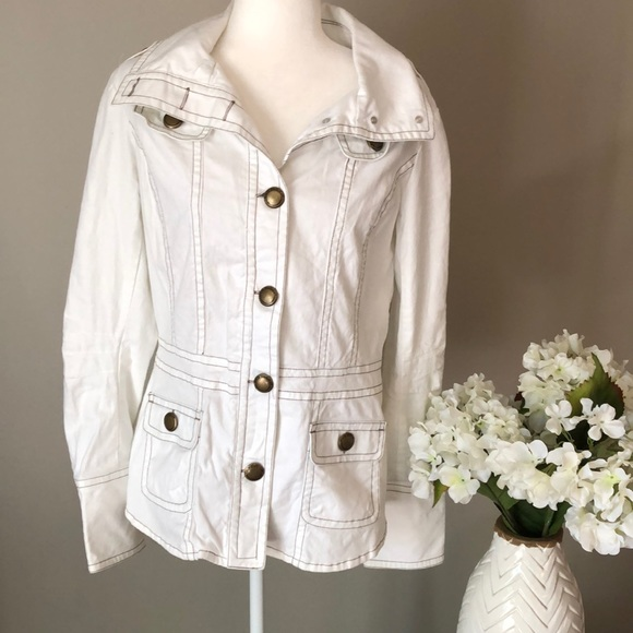 BB Dakota Jackets & Blazers - 🌷 BB Dakota military jacket